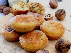 Muffins jurassiens saucisse de Montbéliard, noix, Comté et vin blanc du Jura | Wines of Jura | Jura, France