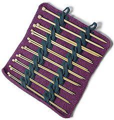 Range-aiguilles en tricot