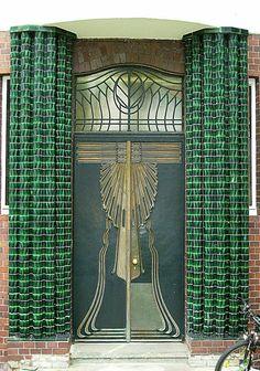 ღღ Darmstadt, Bundesland (federal state) of Hesse in Germany, in the southern part of the Rhine-Main-Area (Frankfurt Metropolitan Region). Door Entryway, Entrance Doors, Doorway, Porches, Art Deco Door, When One Door Closes, Art Nouveau Architecture, Unique Doors, Door Knockers