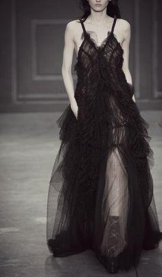 hapless-hollow:Vera Wang Fall 2014