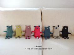 Softies, Plushies, Room Ideas Bedroom, Plush Animals, Fabric Dolls, Doll Toys, Hand Stitching, Puppets, Wool Felt