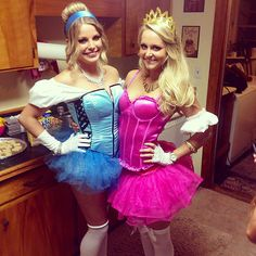 Have you always wanted to be a Disney princess? Halloween is the perfect holiday for going girlie with a costume inspired by royal Disney Tutu Costumes, Costumes Avec Tutu, Princess Aurora Costume, Disney Princess Halloween Costumes, Cinderella Halloween Costume, Princess Running Costume, Gothic Halloween Costumes, Running Costumes, Princess Costumes