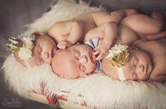 Newborns » Bumblebee Photography – Destin, Florida
