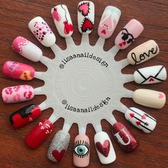 Hey girl 😏👋🏽 Yeah, I'm talking to YOU! 😍👇🏽😘 Show your nails some love, too, this V-DAY 😉❤ Comment your fav design below ⬇️ Natural Nail Designs, Valentine's Day Nail Designs, Nail Art Set, New Nail Art, Christmas Nail Art, Holiday Nails, Cute Nails, Pretty Nails, Valentine Nail Art