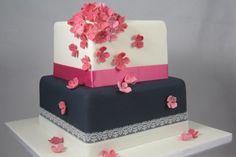 Wedding cake white, blue and pink  Bruidstaart wit, blauw en roze