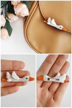 9 Tips for knitting – By Zazok Crochet Brooch, Crochet Motifs, Crochet Stitches, Crochet Gifts, Cute Crochet, Crochet Dolls, Amigurumi Patterns, Knitting Patterns, Crochet Patterns