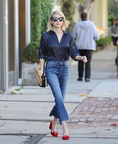 Emma Roberts Shopping at Melrose in West Hollywood, 12/23/15
