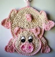 Crochet Pig - Can be used as a Potholder. Crochet Pig - Can be used as a Potholder. Crochet Hot Pads, Crochet Pig, Love Crochet, Crochet Gifts, Crochet Motif, Crochet Flowers, Crochet Toys, Crochet Patterns, Crochet Ideas