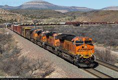 RailPictures.Net Photo: BNSF 3824 BNSF Railway GE ET44C4 at Crozier, Arizona by Allen Robertson