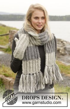 Nice and bulky! #knit Scarf and mittens with fringes and false English rib with double sts in Eskimo