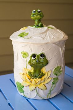 Vintage Sears Roebuck and Company - Neil the Frog - Cookie Jar Dated 1978