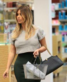 Kim Kardashian Looks Blonder Than Ever! See Her Beachy Look (PHOTOS) | Kim Kardashian | Wetpaint