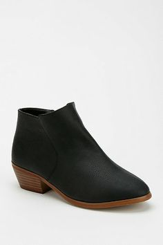 Ankle Boot $19.99