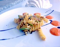 Fusilli Pasta with zucchini and sweet pepper sauce One fantastic first course Fusilli with sautéed zucchini and a sweet pepper sauce. This sauce, made with