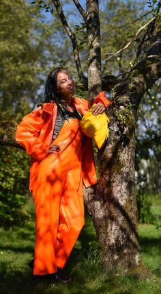 Rain Suit, Rain Gear, Girls In Love, Girls Wear, Orange, Yellow, Canada Goose Jackets, Overalls, Raincoat