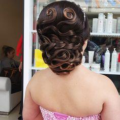 #gelinsaç #gelinsaçmodelleri #düğün #saçmodelleri http://xn--gelinsamodelleri-ipb.com/2015/09/05/2015-gelin-sac-modelleri-3/6