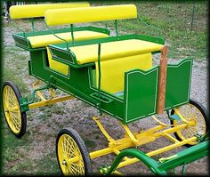 This is our new  Mini/Pony size Runabout, it has been one of our best sellers for years.  Built for the Show ring, Parades or just cruisin the back Roads. Lately there's been a whole lot of folks getting into mini size,or Pony Carts and Buggy Driving. It's the fastest growing really fun pastime in the World. You dont even need a Farm nowa days, just a backyard. WOW what fun!!  Driving up and down the property line!!