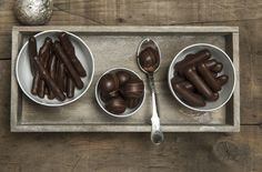 Finally vitamins found a way of disguising themselves as chocolate. Kakao, Chocolate Fondue, Truffles, Vitamins, Pudding, Treats, Sweet, Desserts, Christmas