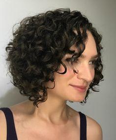 Medium Curly Haircuts, Girl Haircuts, Ponytail Hairstyles, Girl Hairstyles, Curly Hair Types, Black Curly Hair, Long Curly Hair, Blue Hair Highlights, Stylish Ponytail
