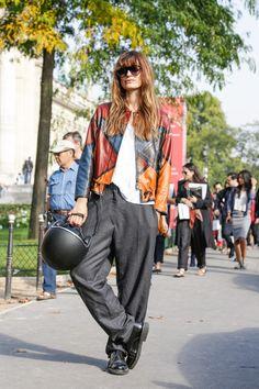 so so cool. #CarolineDeMaigret in Paris.