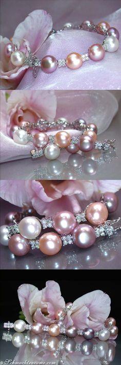 Pretty: Pastel Cultured Pearl Bracelet with Diamonds (1.43 ct. G-SI) - Visit: schmucktraeume.com Mail: info@schmucktraeume.com
