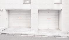 Parallel World: Photo Concrete Architecture, Interior Architecture, Interior Design, Minimalist Architecture, Storage Boxes, Paper Dolls, Design Projects, Facade, Blinds