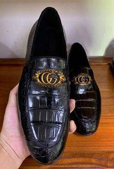 Men's Handmade Alligator Bit Slip-on Loafer Gucci Dress Shoes, Leather Dress Shoes, Suede Shoes, Men's Shoes, Gucci Men, Burberry Men, Gentleman Shoes, Formal Shoes For Men, Loafers Men