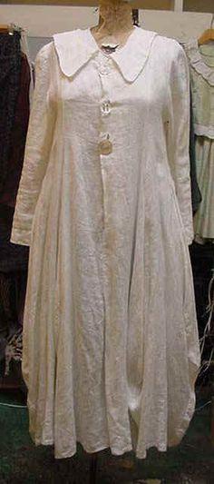 une robe en blanc