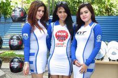 Kumpulan Foto Umbrella Girl Yamaha Cup Race Bogor - Lintas Otomotif   Majalah Otomotif Online Indonesia