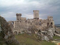 Podzamcze Castle