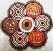Pumpkin in the Round Rug Design - Ali Strebel Designs