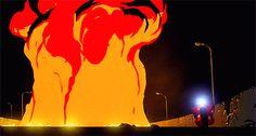 AKIRA火の周りでバイクでドリフトブレーキ決めるgif画像
