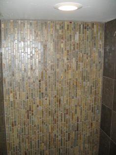 033009_glacier-downstairs-bath