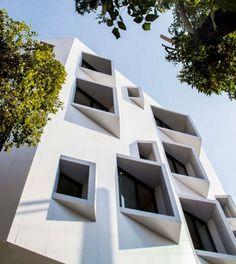 Building Facade 5716