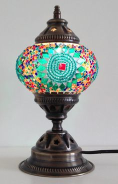 Table Lamp Light-Green mosaic lamp made with by TheLampCorner