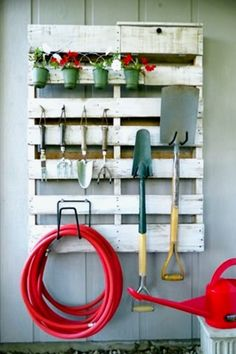 Impressive & Unique Pallet Ideas and Instructions • These pallet projects are so creative! Some are quick and easy pallet projects that even beginners can do – others are more involved – but they are…MoreMore  #GardeningTools