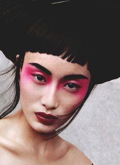 Institute magazine bright makeup pink