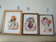 Картины девочек выполнены в смешанной технике