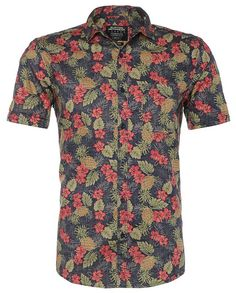 A Hawaiian shirt can be very classy if put together with the right pieces of clothes. Look at these seven beautiful Hawaiian shirts.
