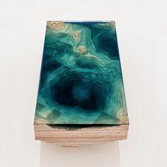 Maravilloso concepto de diseño que crea una sección transversal del océano. Obra de Ben Young.