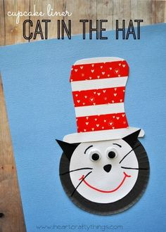 Cupcake Liner Cat in the Hat Craft for Kids. Great craft for Dr Seuss' Birthday and Read Across America Day. | from http://iheartcraftythings.com