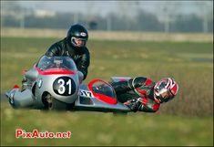 Moto Guzzi, Honda, Side Car, Bmw, Motorcycles, Racing, Running, Auto Racing, Motorbikes