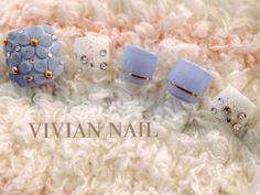 サンダルにぴったり♪夏ネイルの定番ペディキュアデザイン3選 - Itnail Pedicure Designs, Pedicure Nail Art, Toe Nail Designs, Toe Nail Art, Nail Art Diy, Diy Nails, Cute Simple Nails, Pretty Toe Nails, Japan Nail Art