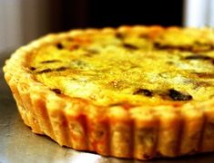 Quiche me deadly! Mushroom and leek quiche from smitten kitchen Smitten Kitchen, Leek Quiche, Mushroom Quiche, Bacon Quiche, Frittata, Shrimp Quiche, Mushroom Tart, Cheese Quiche, Basic Quiche Recipe