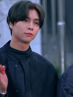 """} """"Te ves genial"""" from the story ⁿᶜᵗ ˢᵗᵘᶠᶠ ❀ by hedgewame (— 哈密) with 970 reads. Nct Johnny, Johnny Seo, Winwin, Nct Taeyong, Flower Boys, Sexy Gif, Bruce Lee, Kpop Aesthetic, Wattpad"""