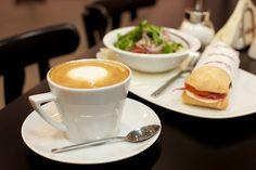 """Gran Delicato on myös Kämp Galleriassa. Kaupungin parhaat """"voikkarit"""". Great Coffee, Mediterranean Style, Helsinki, Finland, Salads, Sandwiches, Tasty, Dreams, Tableware"""