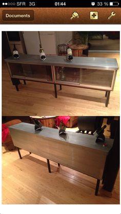Ancien meuble de boulanger, habillé en zinc vernis, idéal pour délimiter un endroit dans un joli loft