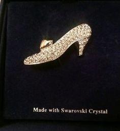 Walt Disney Swarovski Cinderella slipper brooch limited edition 326 1000