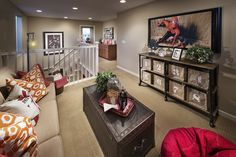 Loft/family room The Right Stuff for Your Home Office Are you trying to run your own business out of Loft Playroom, Loft Room, Playroom Ideas, Loft Design, House Design, Upstairs Loft, Upstairs Landing, Kb Homes, Bonus Rooms