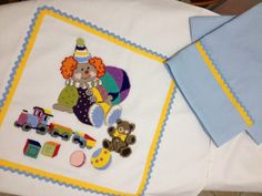 Isotta ha creato un bel sacco porta piumone abbinato ad un magico lenzuolino che accompagnerà i sogni di un dolce bambino !!!!